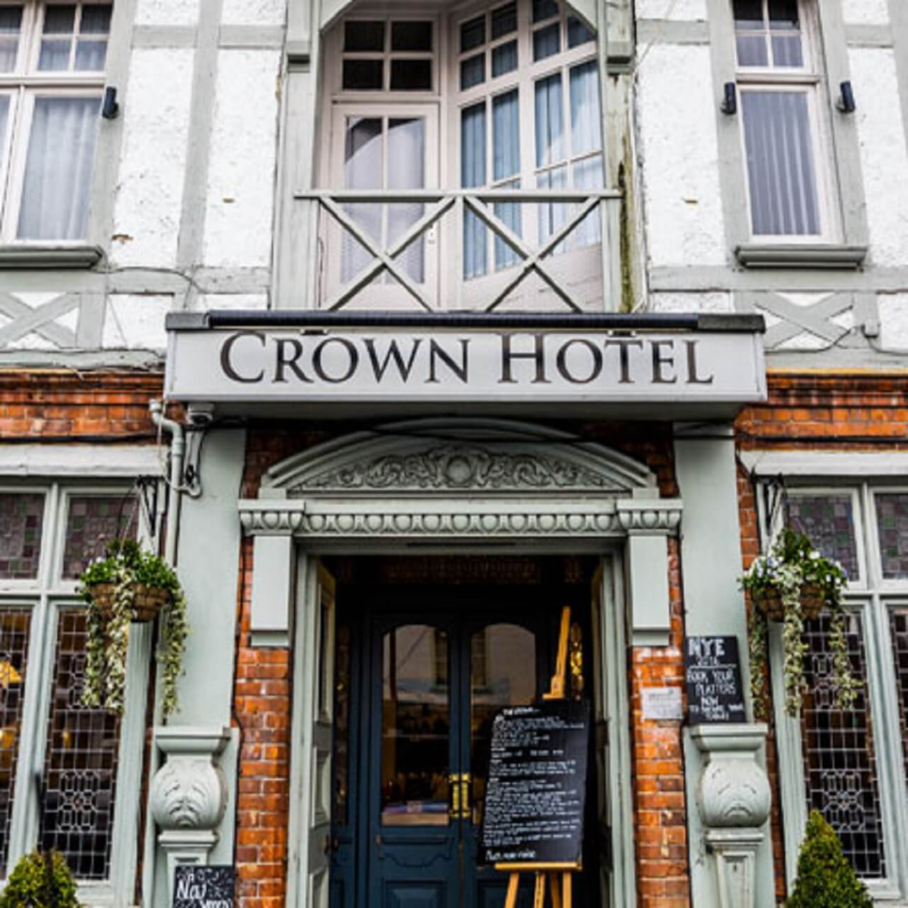 Hotels Close To Crown Casino